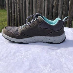 Ll Bean Traverse Trail Sneaker Size